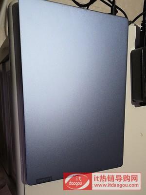 介绍联想小新pro13_2020款i7沧海冰蓝色和银色有什么区别?哪个好